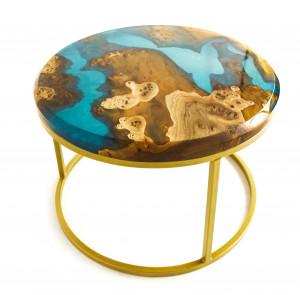 Журнальный столик из карагача с голубой заливкой
