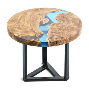 Журнальный столик из карагача с голубой рекой