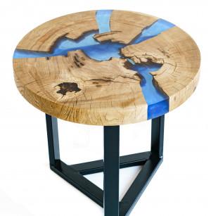 Журнальный столик с синей заливкой