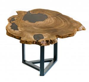Столик из карагача с коричневой заливкой