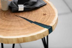 Стол из спила Дуба с заливкой