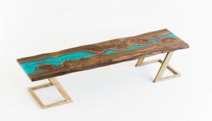 Барная столешница из карагача с рекой цвета тиффани