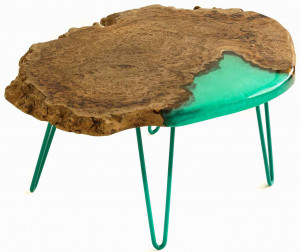 Столик из спила карагача с заливкой тиффани