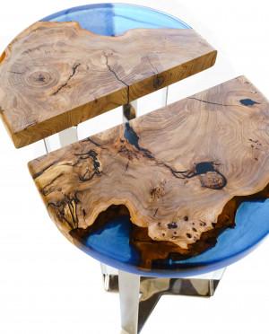 Журнальный стол из массива карагача