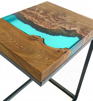 Придиванный столик с рекой морская волна