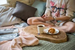 Кофейный столик из слэба карагача