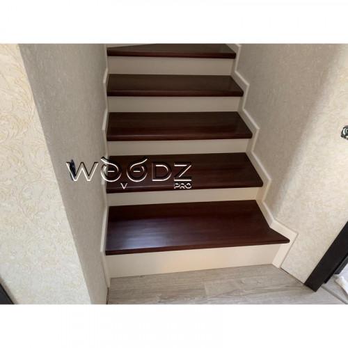Лестница из дерева Дуба - Model 214