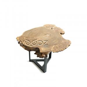 Оригинальный стол из спила карагача