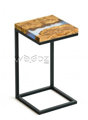 Придиванный столик из карагача с серой рекой