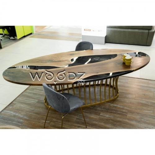 Обеденный стол из Ореха с черной рекой - Model 108