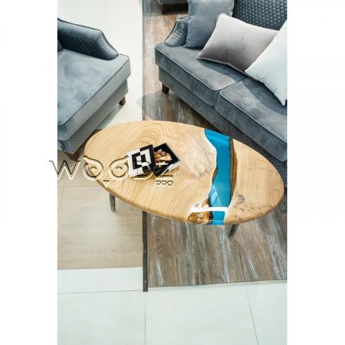 Овальный журнальный столик из карагача