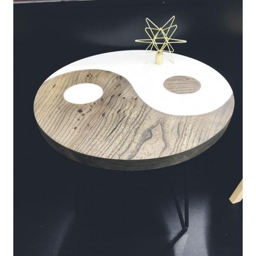 Журнальный столик с заливкой Инь-Янь