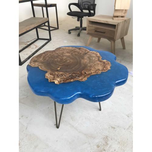 Столик из массива с заливкой королевский синий