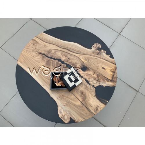 Журнальный столик с черной матовой заливкой